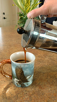 How to Use a French Press to Make Coffee